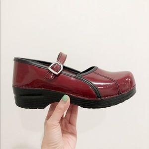 Dansko Red Shiny Patent Leather Maryjane clogs 38